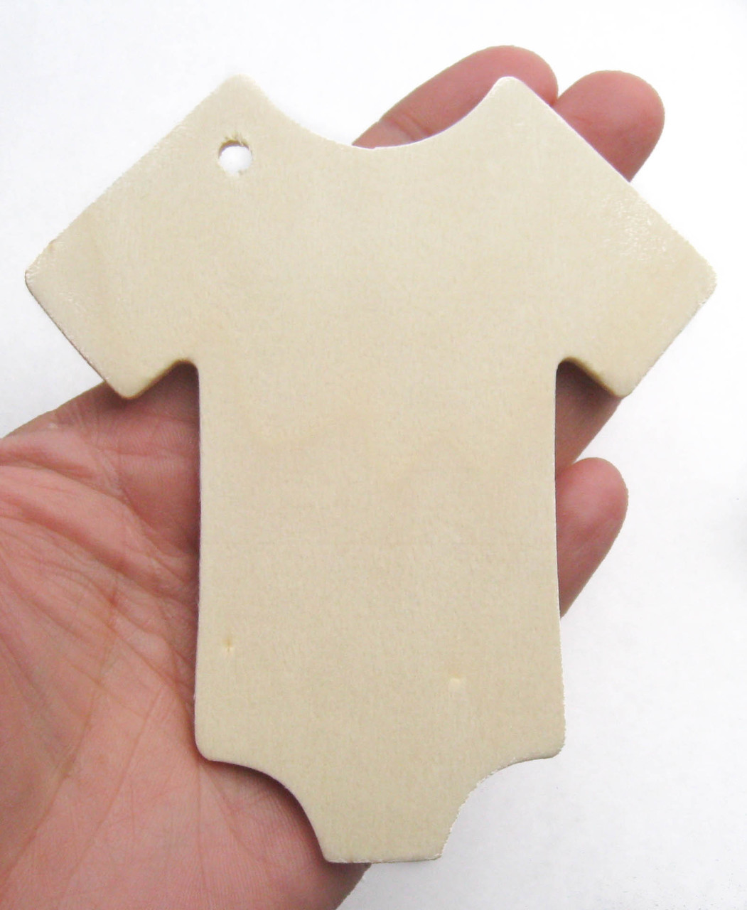 wooden tag, wood tag, gift tag, baby shower, onesie, birch, cutout, favor, gift wrapping, nakpunar
