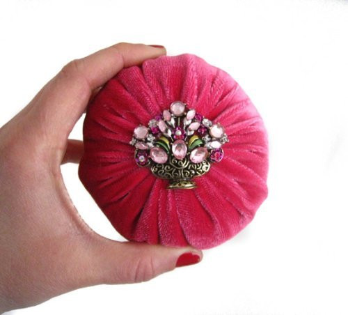 Hot Pink Emery Pin cushion with flower bouquet rhinestone