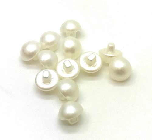 Nakpunar White-off Half Dome Plastic Pearl buttons