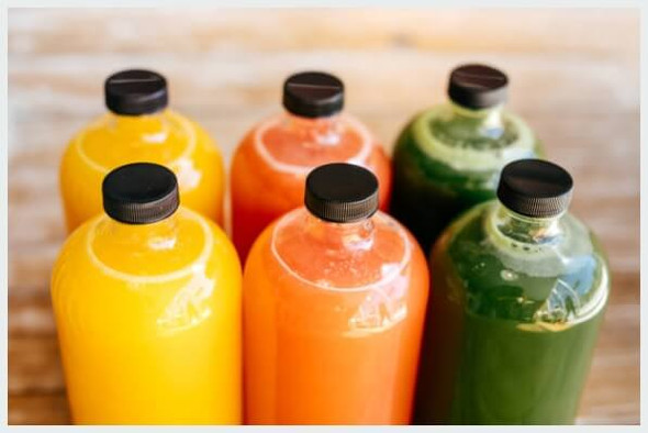 Clear Boston Bottle with smoothies