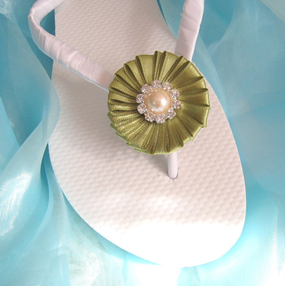 Pistachio Green Decorated Wedding Flip Flops / Bridal Flip Flops,Bridesmaids, Flower girls, Bridal Shower