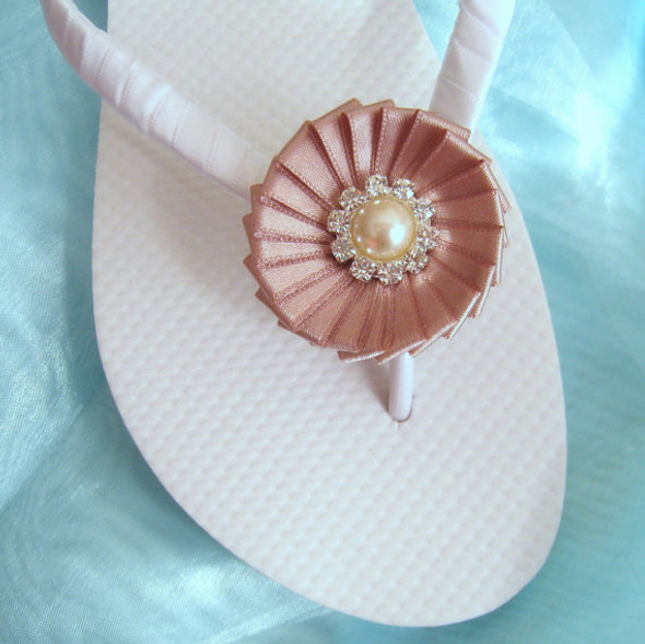 Beach Wedding Flip Flops - White and Tan / Bridal Flip Flops / Bridesmaid , Bridal Shower, Flower Girl, Birthday Party, Favor