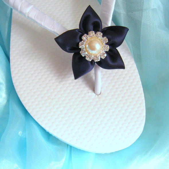 Navy Nautical Flip Flops / Wedding Flip Flops / Bridesmaid gifts