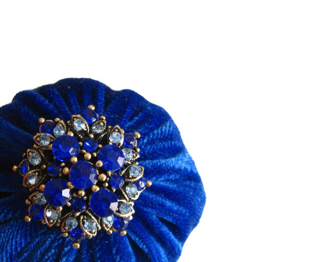 Royal Blue Abrasive emery pincushion to keep your needles clean and sharp. Decorated with rhinestone