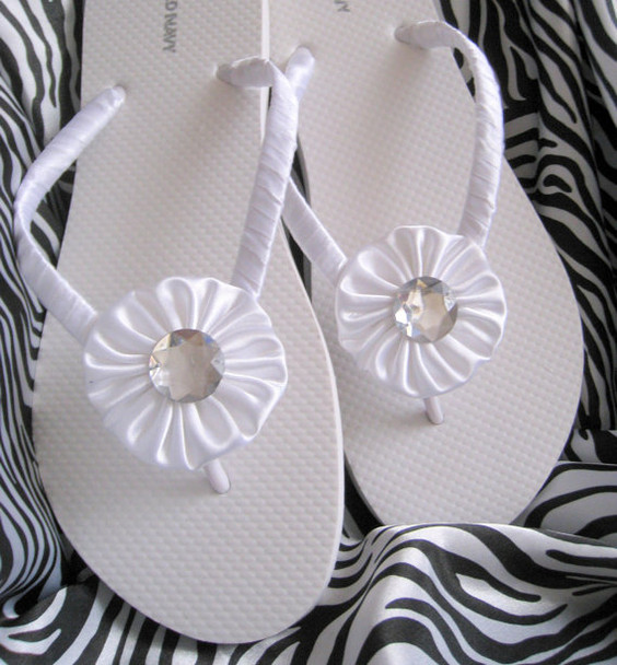 Fabric yoyo appliques are perfect for shoes.