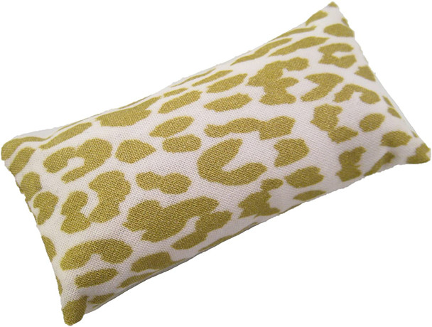 Golden Emery Pincushion. Keep your needles clean and sharp.