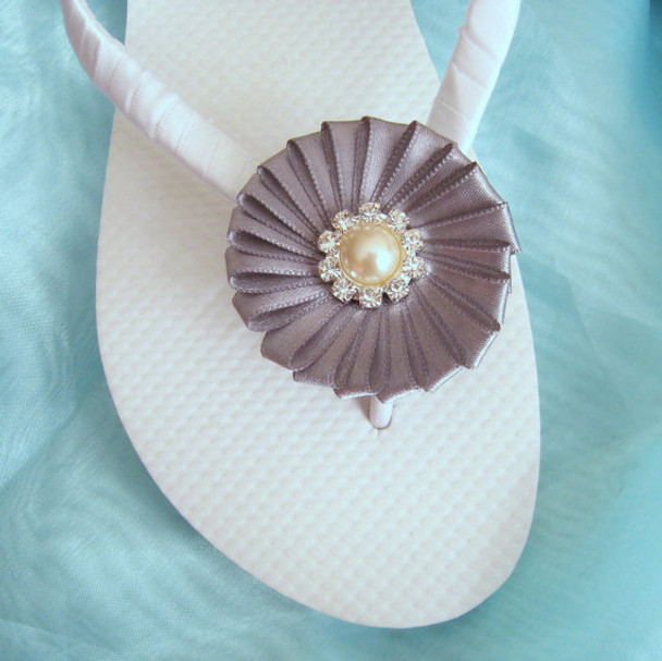 Beach Wedding Flip Flops - White and Gray / Bridal Flip Flops / Bridesmaid
