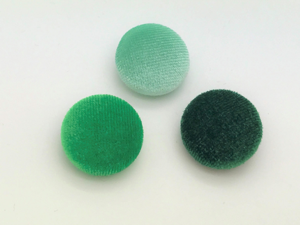 """Lot of 10, 5/8"""" (15 mm)  Shades of Green Velvet Button"""