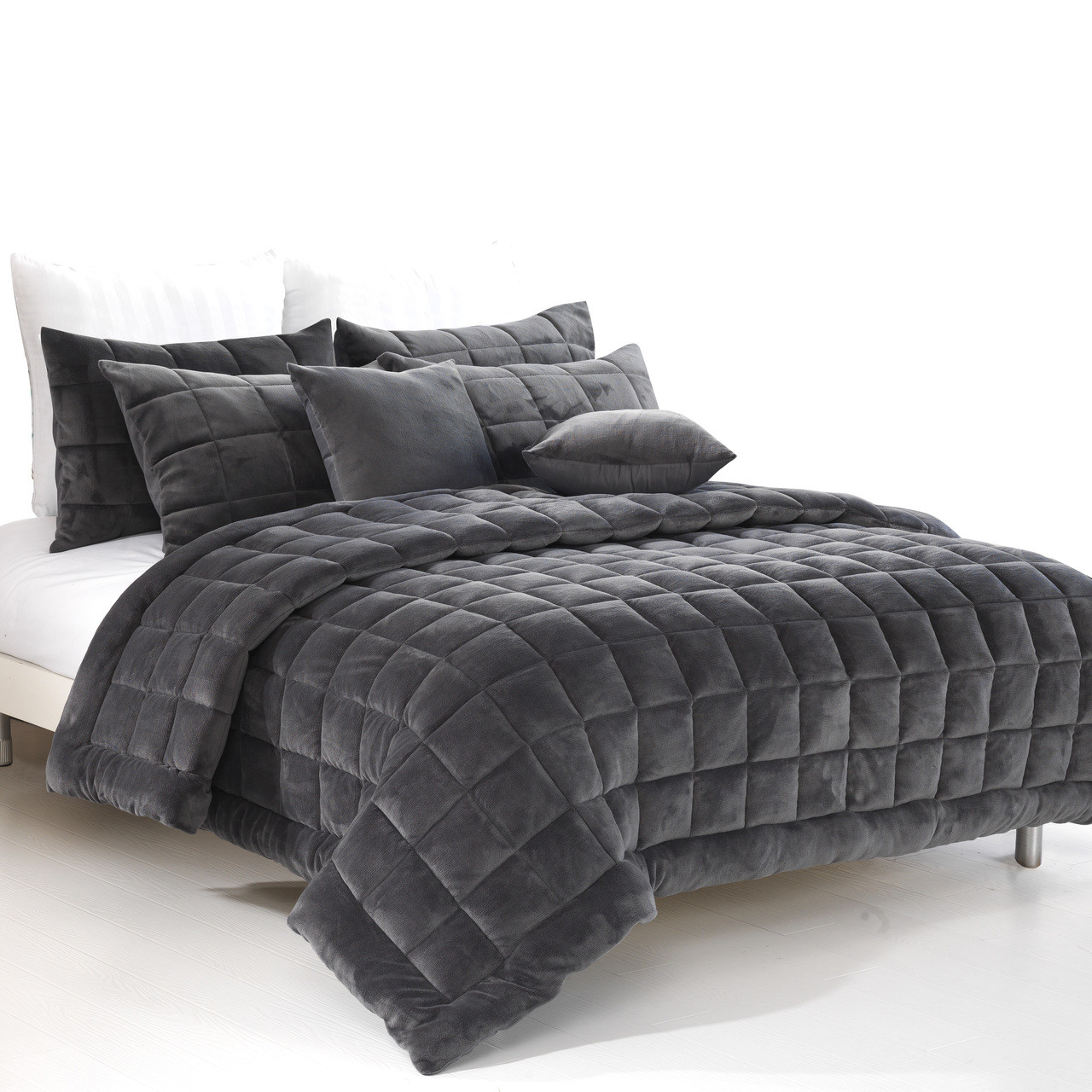 Picture of: Augusta Super King Quilt Coverlet Set Charcoal The Linen Gallery