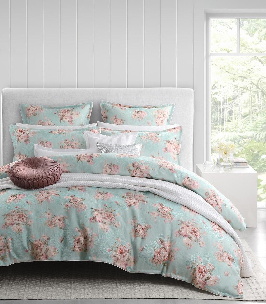Floral Montara Super Mint King Quilt Cover Set By Logan Mason 3 Pce