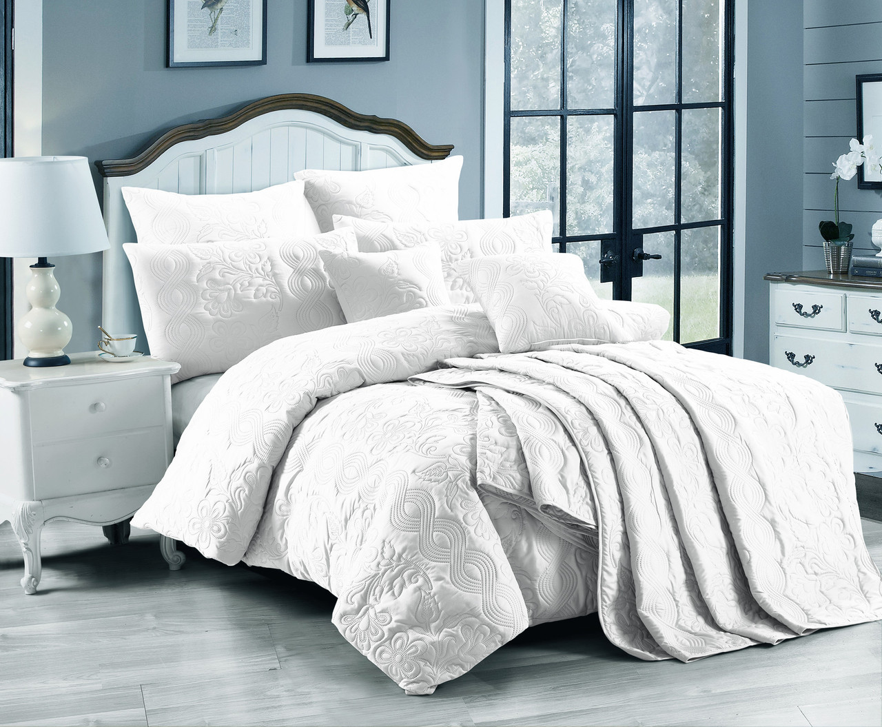 White Marguerite Queen Quilt Cover Set Lightly Quilted