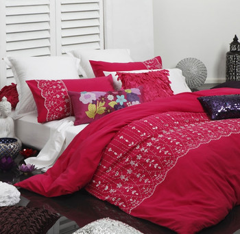 Yasmin Pink Quilt Cover Set