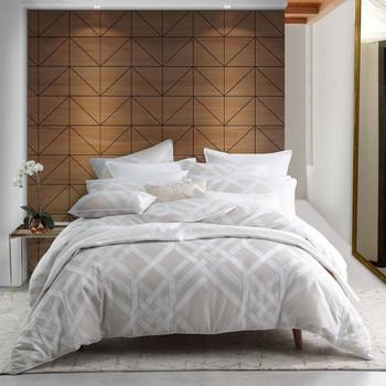 Pagoda Linen Quilt Cover Set