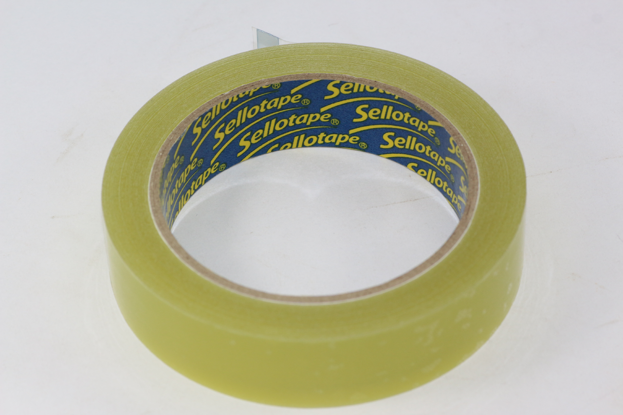 Sellotape Original Golden Clear Tape Extra Sticky /& Strong,Easy Tear 24mm x 66m