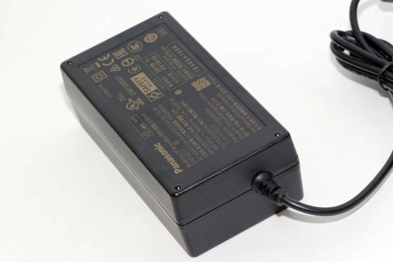 HC-MDH3 Genuine Panasonic SAE0011 12V 3A Camcorder Power Supply Charger HC-X1