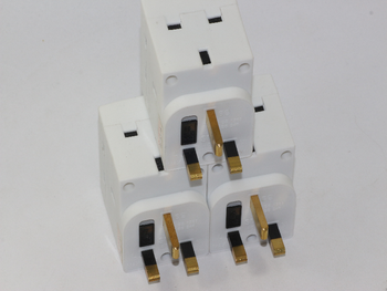 3 x 13A 3 Way Urea Fused UK Mains Plug Adaptor from SMJ Fitted With 13A Fuse