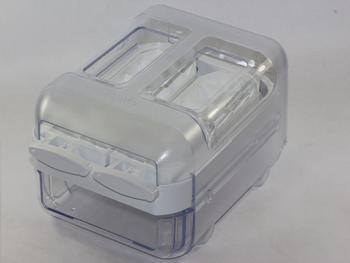 WPRO ICM101 Ice Cube Maker, Twist & Carry, Light Weight, Minimum Spillage