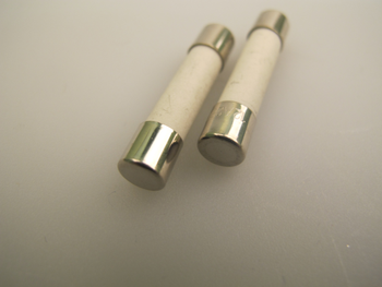 T6.3A 32mm Ceramic Microwave Fuse x 2