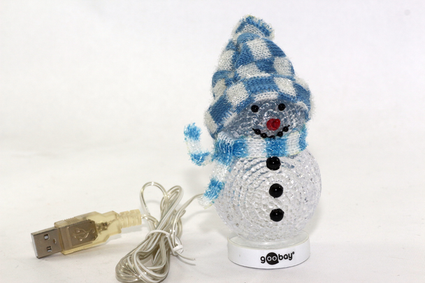 USB LED Christmas Snowman With Blue Hat, Big Red Nose & XMAS Colour Changing