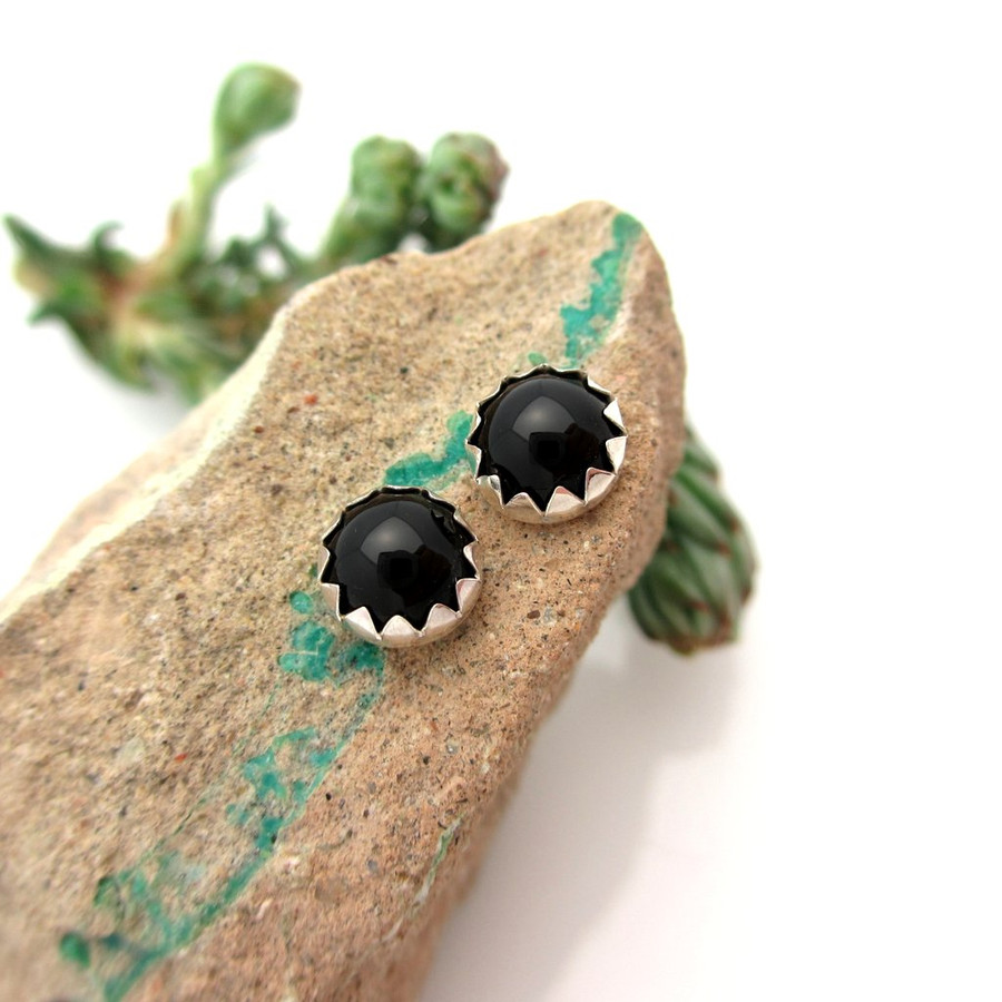 Black onyx cabochon stud earrings