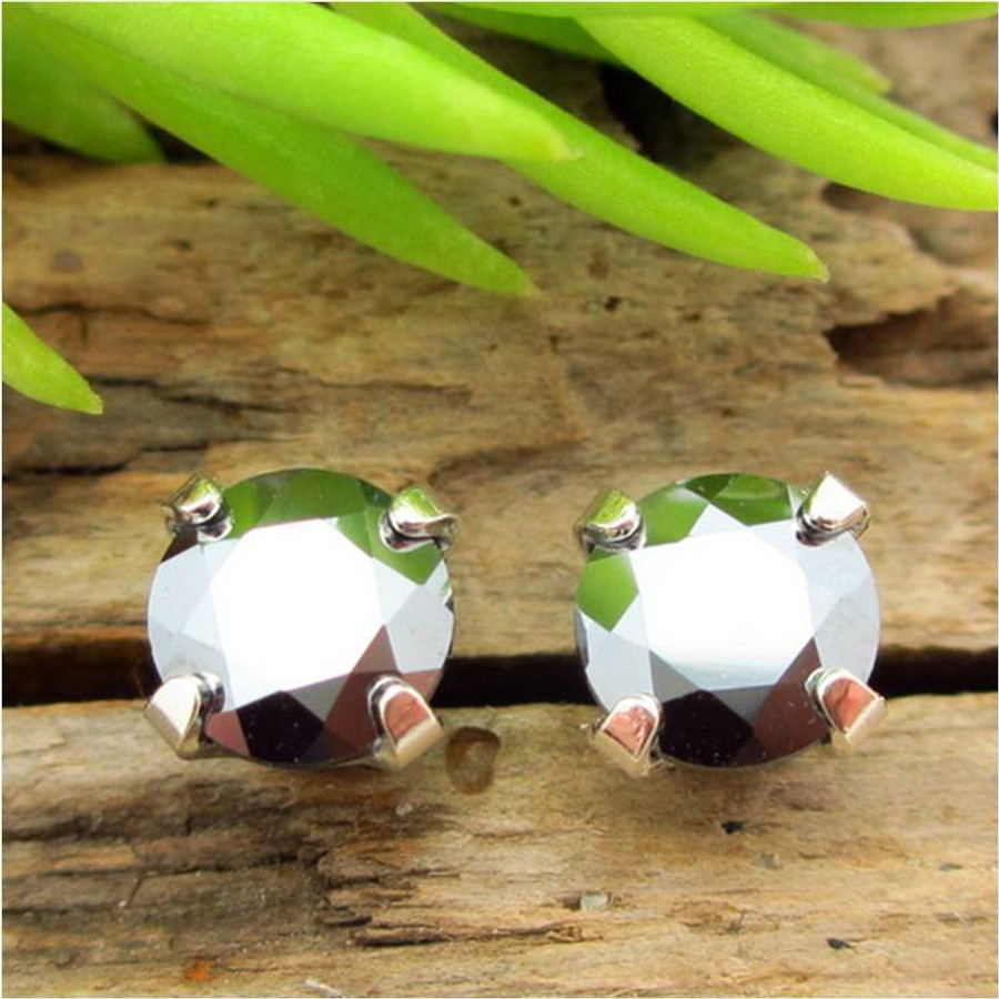 Silicon Stud Earrings   Lab Grown