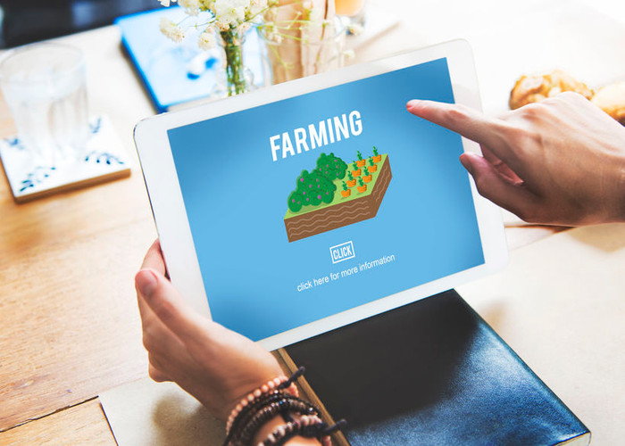 Why and How Farmers Can Benefit from Social Media