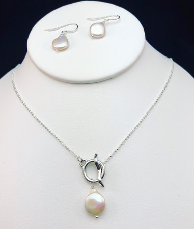 Freshwater pearl on Sterling Front Clasp necklace