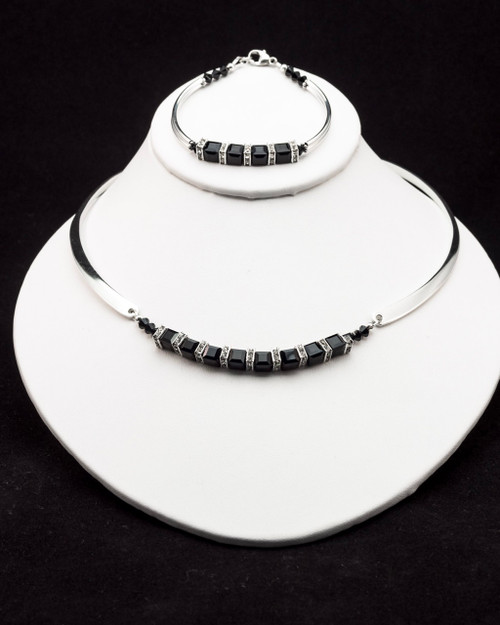 Unforgettable Necklace - black