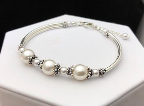 008341582980db Swarovski pearl and Sterling silver tube bracelet