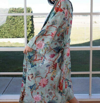Aqua printed long kimono in 100% cotton fabric with 2 pockets and a belt and belt hoops