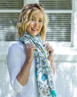 Cotton blue & white large scarf sarong with cotton lace at the short edge in 200 x 110 cm
