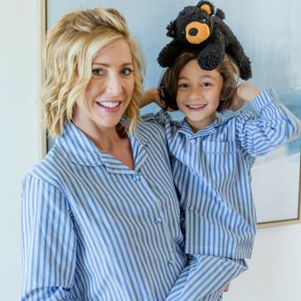 Blue and white stripes 3/4 pajama set