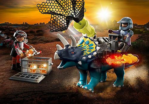Triceratops- Battle For the Legendary Stones
