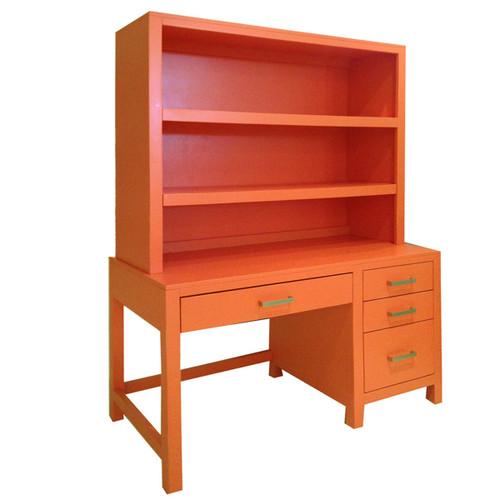Ricki Desk