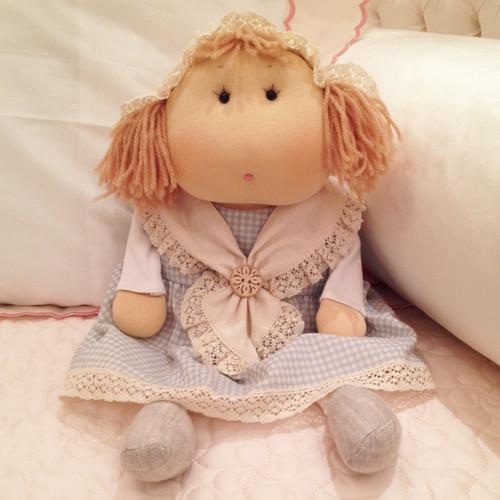 Doll: Delilah