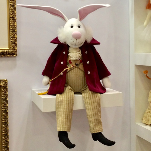 Bunny: White Rabbit - Alice in Wonderland