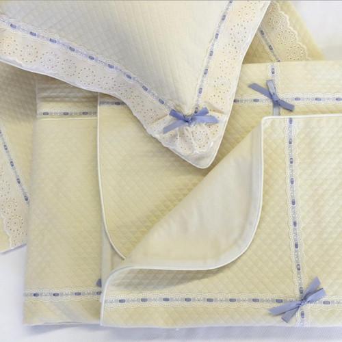 Vanilla Honeycomb Ensemble