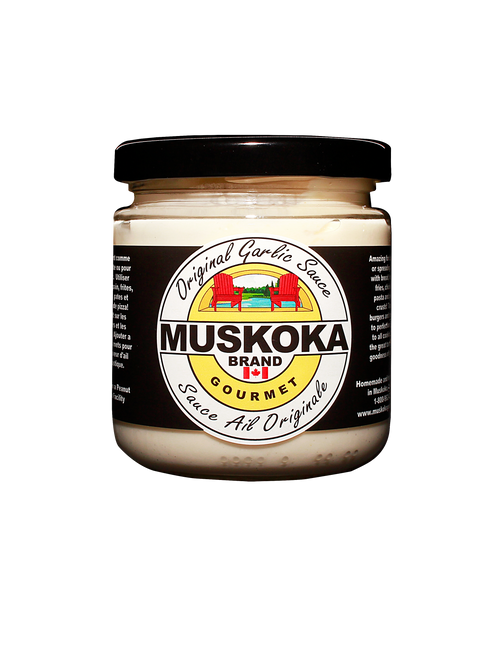 Our flagship garlic sauce, an amazing condiment that makes you want to eat only pizza crusts!