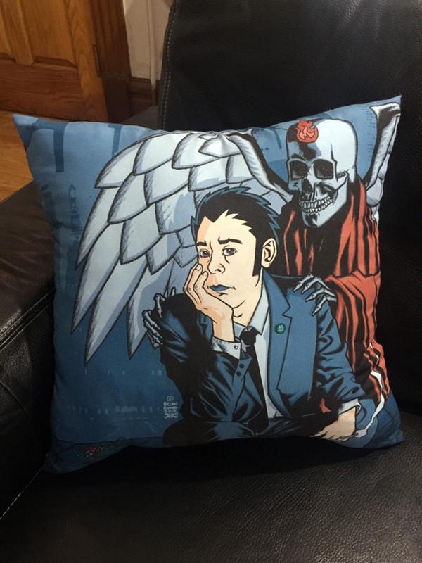 """""""   HOLIDAYS"""" pillow"""