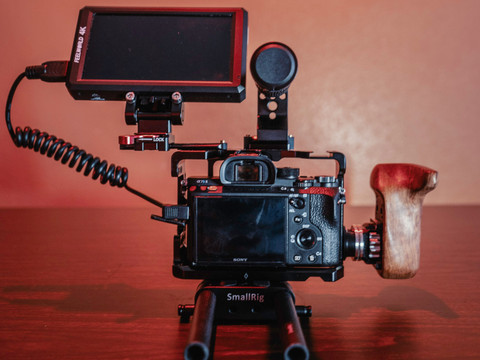 In Review: SmallRig 2096 Camera Cage