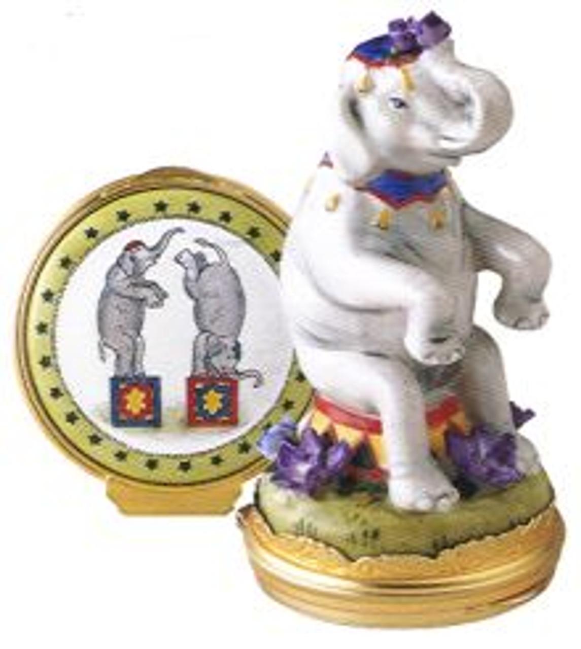 Staffordshire Circus Elephant B/B