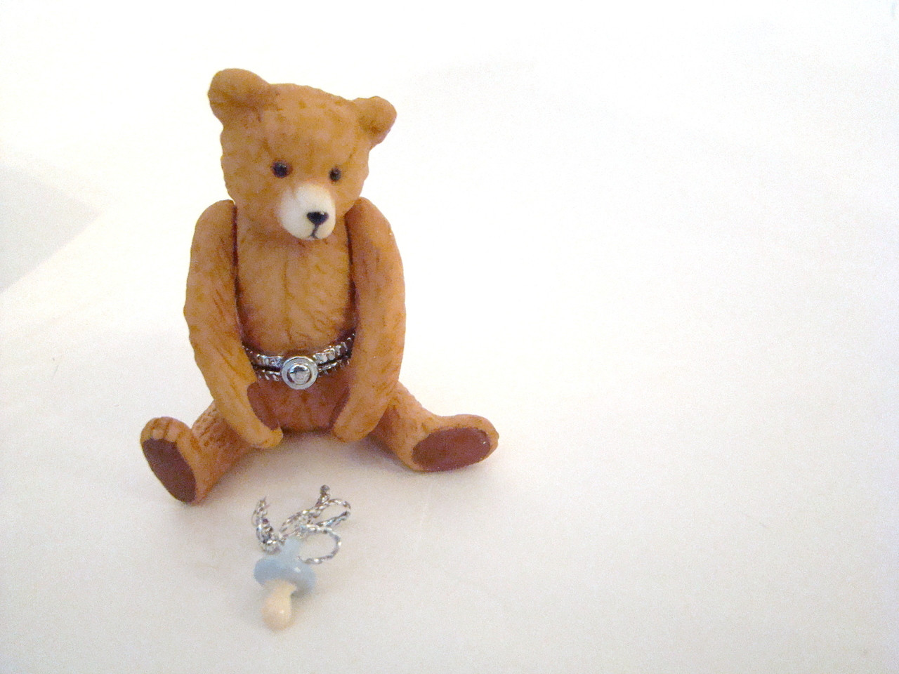 Jointed Brown Bear with Pacifier PHB (32836-1)