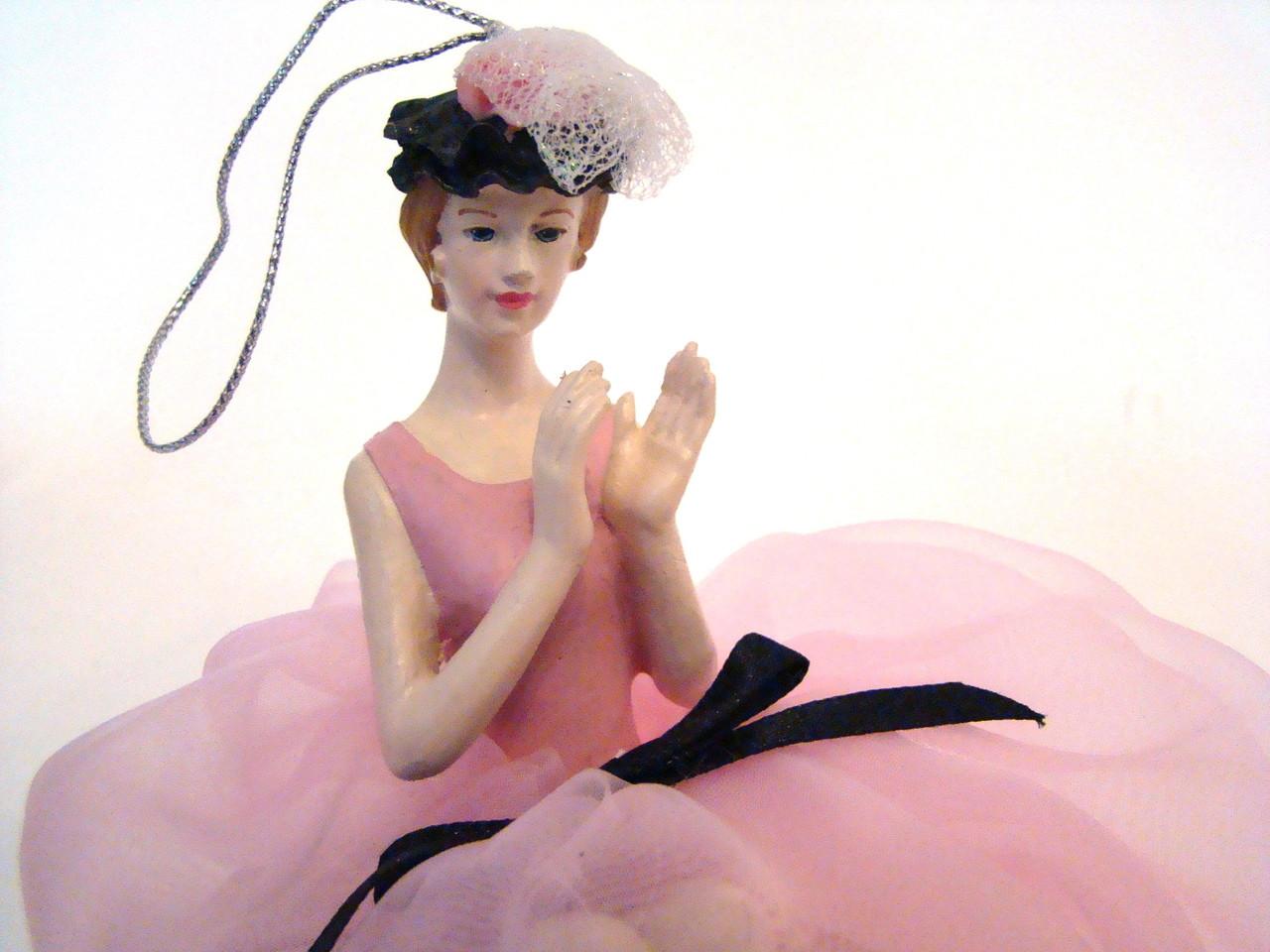 Pink Lady Pin Cushion Doll #DI2289