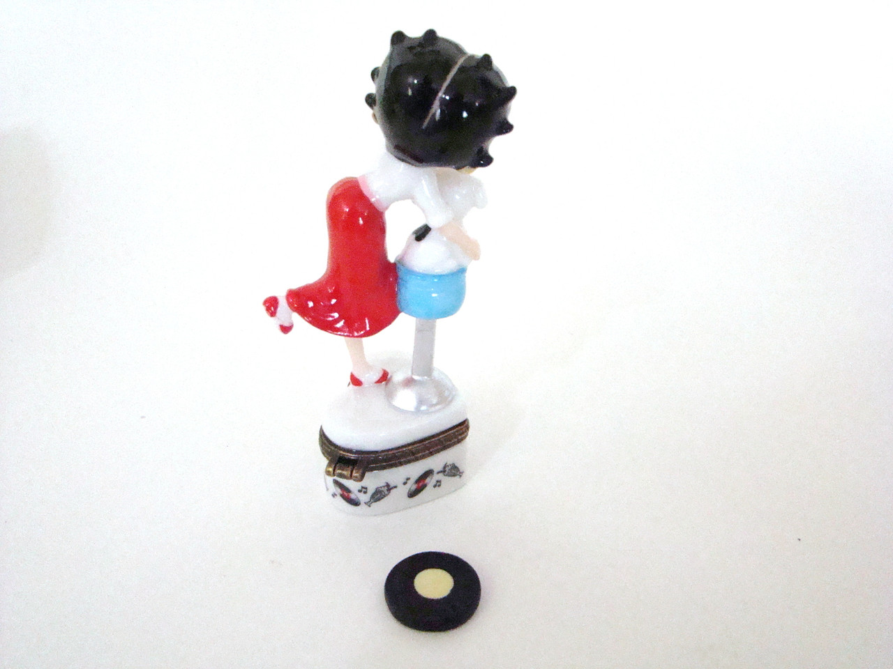Betty Boop in Poodle Skirt with Record PHB (36798-8)