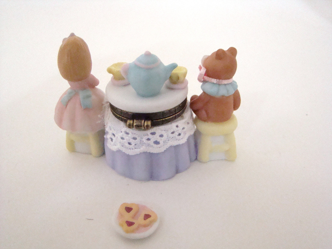 Tea Party with Plate of Cookies PHB (40398-3)