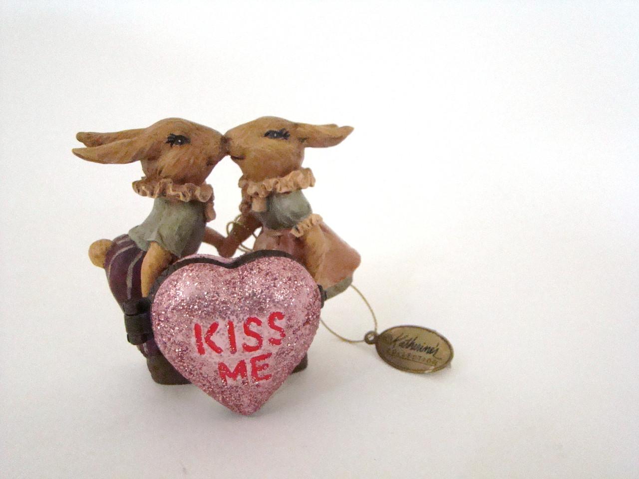 Katherine's Collection Bunny Rabbits KISS ME heart hinged box (07-70316KISS)