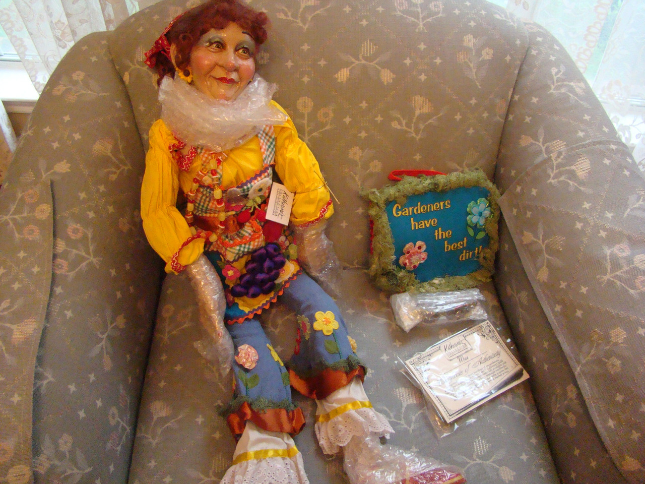 GARDEN MAE Wayne Kleski Doll 27 Inch (06-60545)
