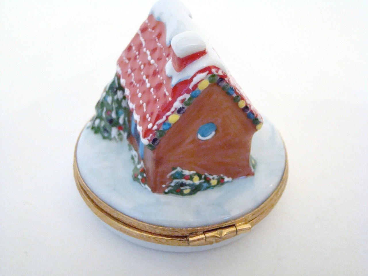 Artoria Limoges Holiday House Cottage Limoges Box (Artoria7384)