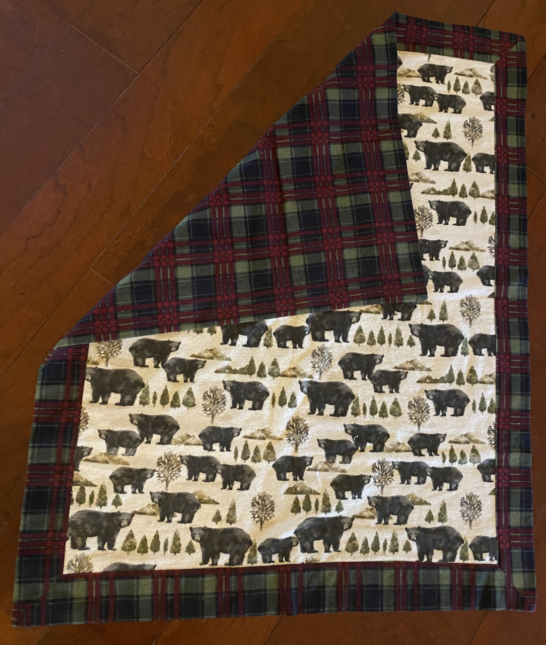 Flannel Baby Blanket Black Bears and Plaid (BLANKET-BLACKBEARS)
