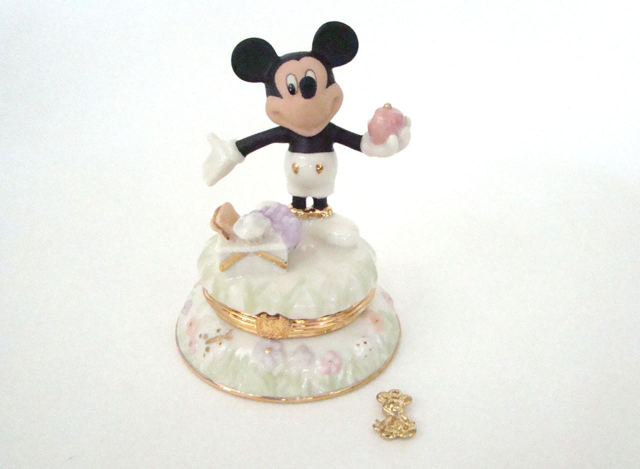 Lenox A Picnic with Mickey Porcelain Hinged Treasure Box